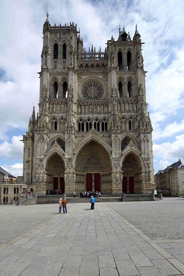 Façade de la cathédrale d'Amiens.