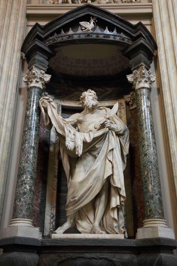 Statue de Saint-Barthélémy, cathédrale Saint-Jean de Latran, Rome.